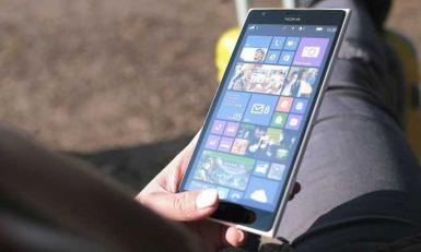 Zašto je policajcima savetovano da ne gledaju u ove telefone?