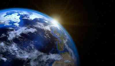 Zašto neki ljudi i dalje veruju da je Zemlja ravna