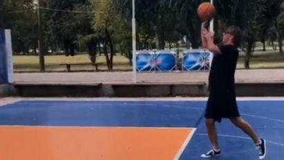 Željko Mitrović rano jutros zaigrao basket! Vlasnik Pinka na svom Instagramu najavio da to ima veze sa Zadrugom 3, pa otkrio IME NOVOG UČESNIKA! (VIDEO)